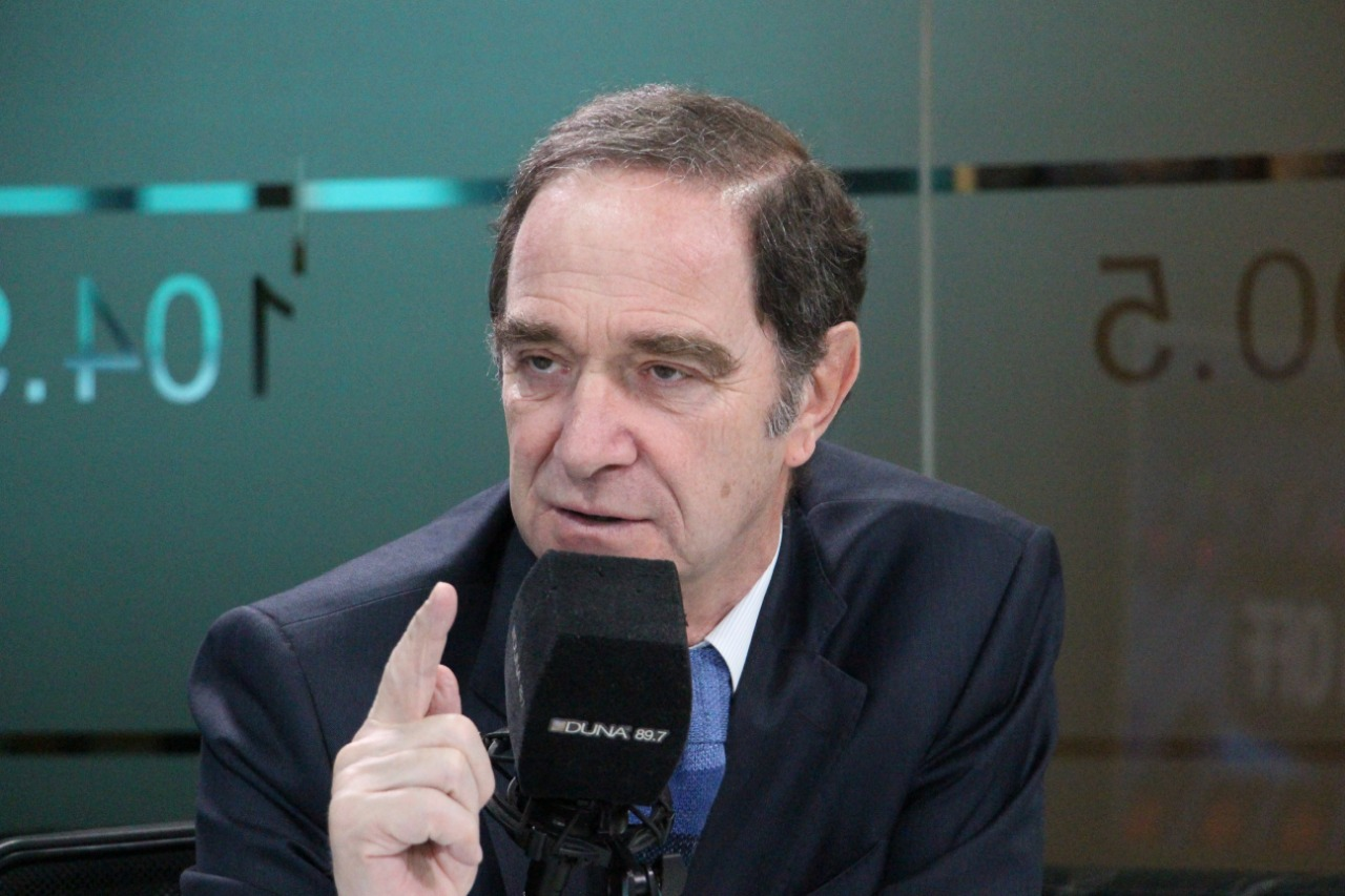 Ministro de Justicia, Hernán Larraín