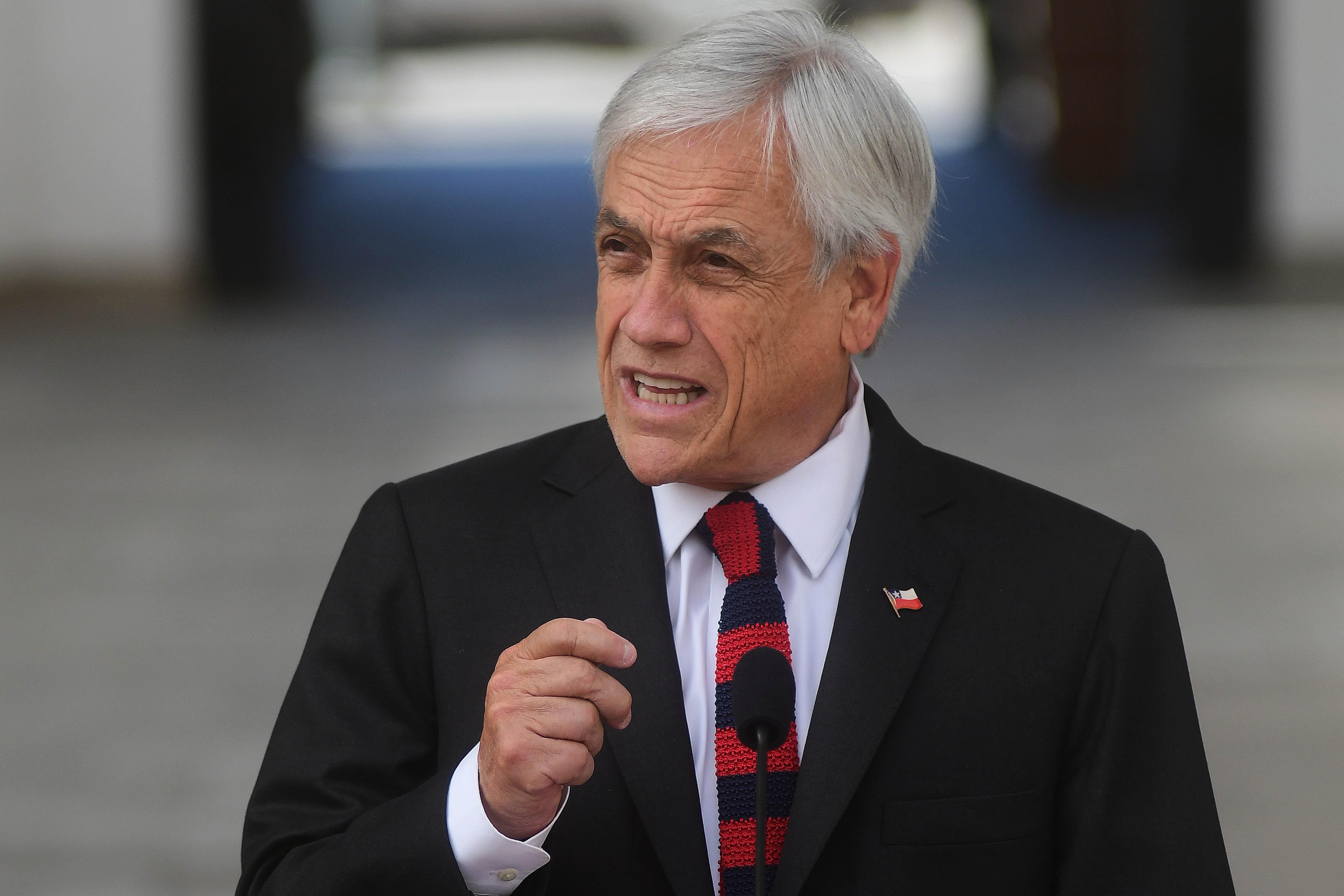 10 de diciembre de 2018/SANTIAGO El presidente de la Republica, Sebastián Piñera, sale a explicar por qué Chile no firmo el pacto migratorio de Marrakech, firmado en Marruecos. FOTO: SEBASTIAN BELTRAN GAETE/AGENCIAUNO