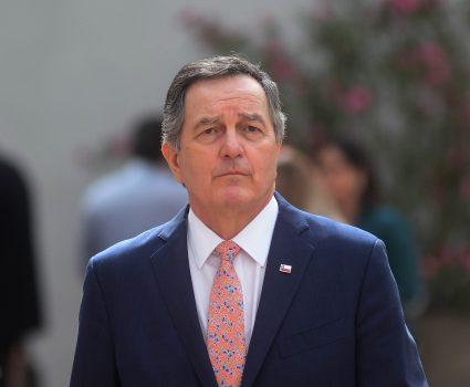 12 de diciembre de 2018/SANTIAGO El Canciller Roberto Ampuero, habla tras punto de prensa del presidente. FOTO: SEBASTIAN BELTRAN GAETE/AGENCIAUNO