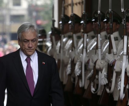 24 Septiembre 2018/SANTIAGO El Presidente de la Repœblica,Sebastian Pi–era, recibe el saludo y los honores de la Guardia del Palacio. FOTO:CRISTOBAL ESCOBAR/AGENCIAUNO