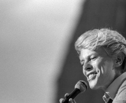 David Bowie joven