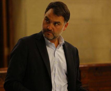 19 de Noviembre del 2018/SANTIAGDO Diputados y dirigentes de ChileVamos, Javier Macaya (UDI), presentan ante el Tribunal Constitucional el requerimiento para impugnar el protocolo de objeci—n de conciencia. FOTO:SEBASTIAN BROGCA/AGENCIAUNO