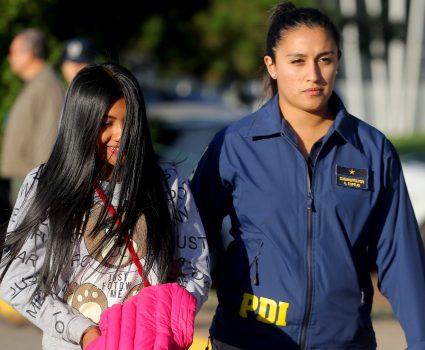 03 de ENERO del 2019/SANTIAGO En el Grupo 10 de la FACH, se llevó a cabo la expulsión del país de 21 ciudadanos colombianos, la cuál fue decretada por los Tribunales de Justicia, por presentar condenas judiciales por delitos cometidos y sancionados en Chile, entre ellos, homicidio, tráfico de drogas, robo con intimidación, robo con violencia y tenencia ilegal de armas de fuego. FOTO: HANS SCOTT /AGENCIAUNO