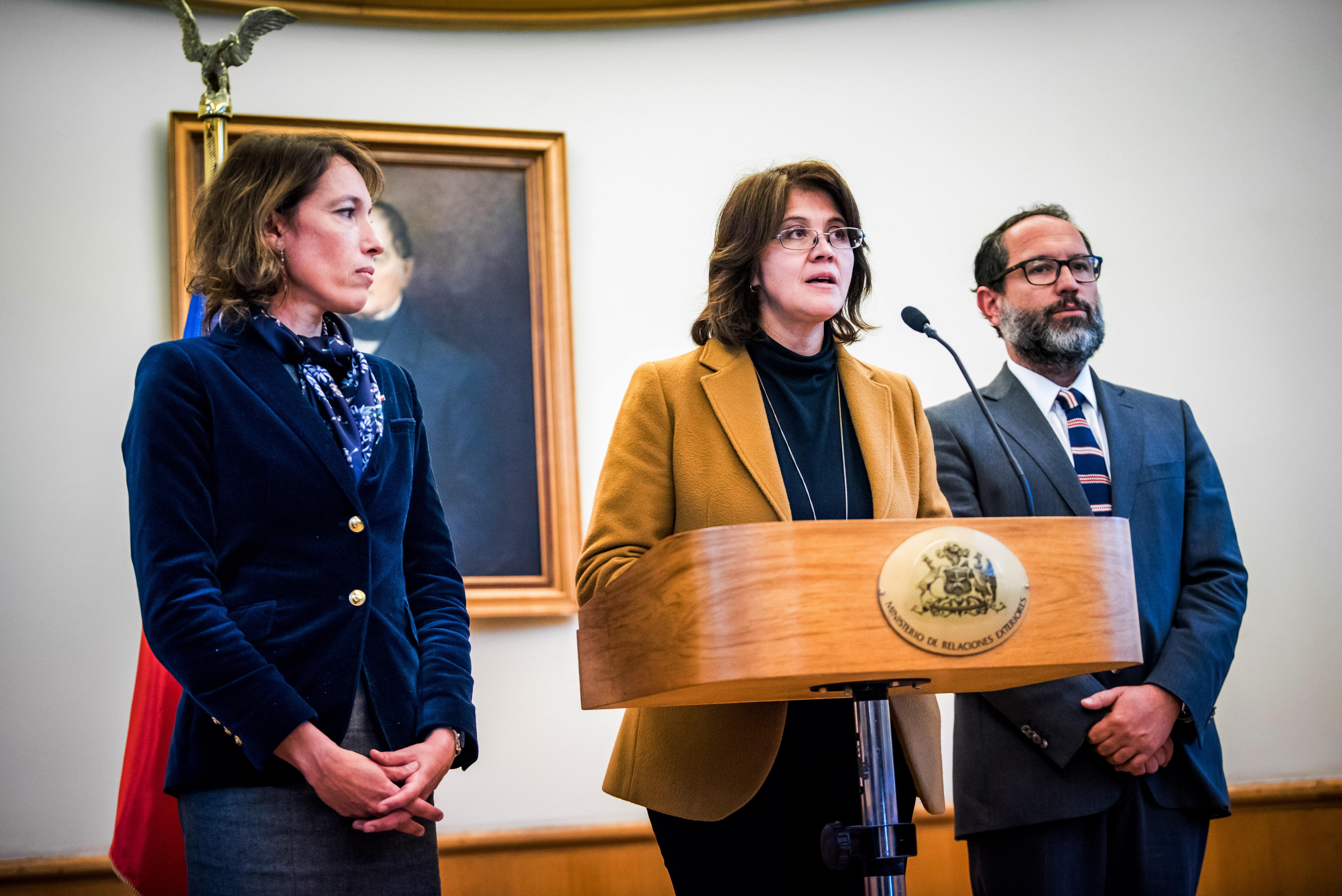 Agente chilena en La Haya y presentación de réplica por el Silala
