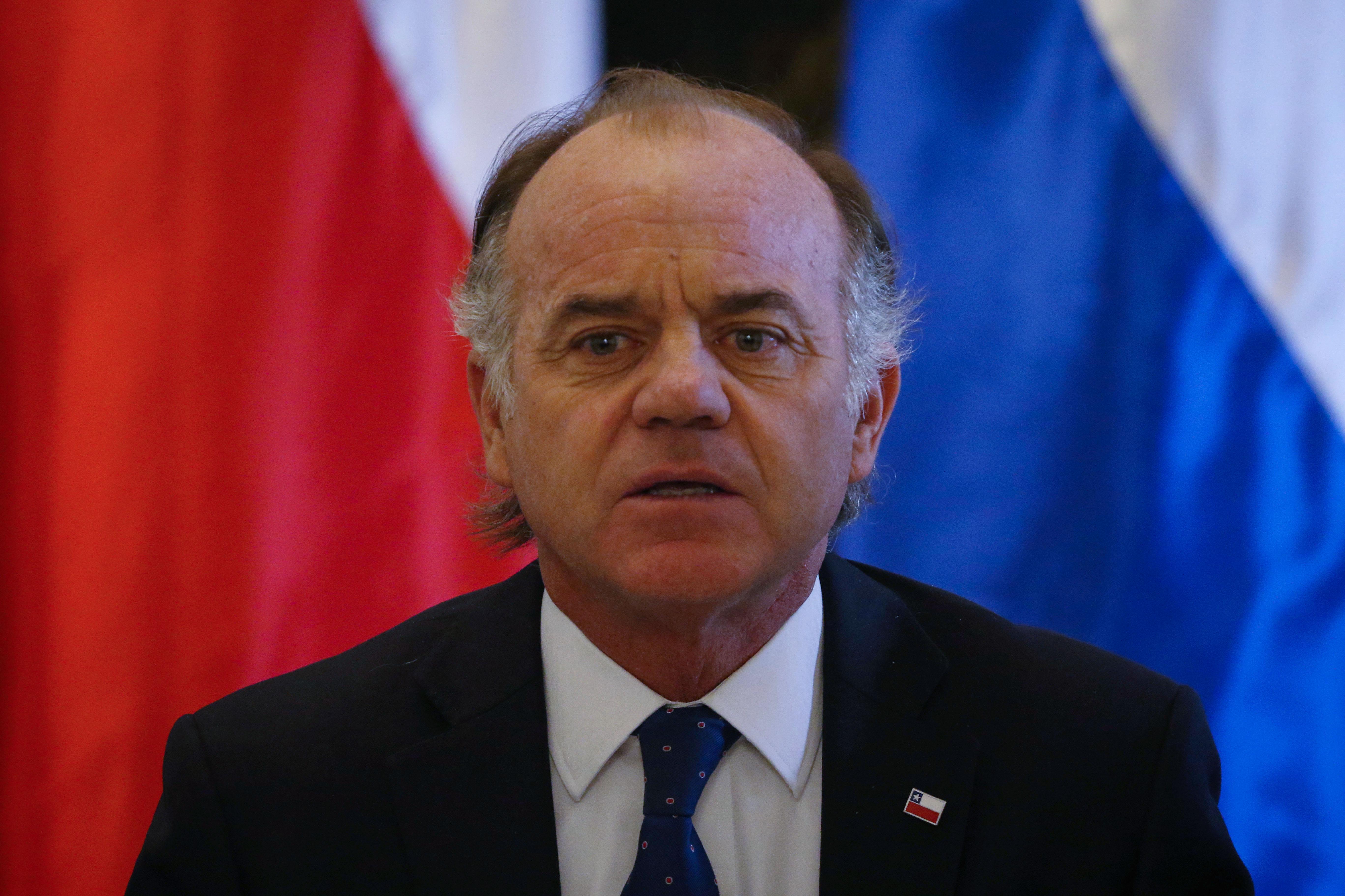 Ministro de Agricultura, Antonio Walker