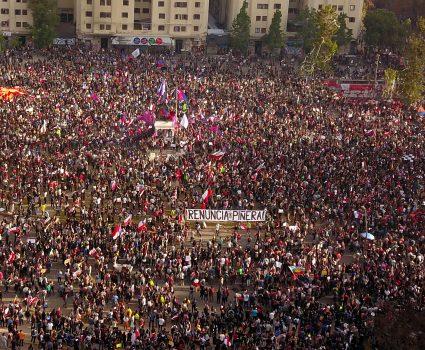 Manifestación en Plaza Italia