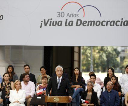 30 años del retorno de la democracia en Chile