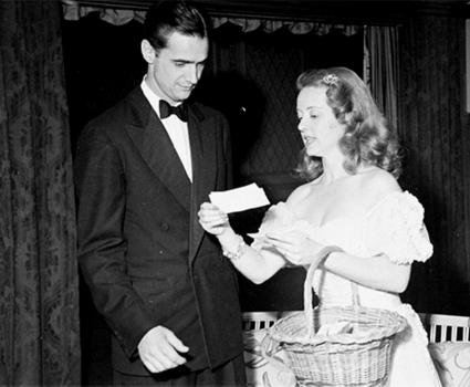 Bette Davis y Howard Hughes