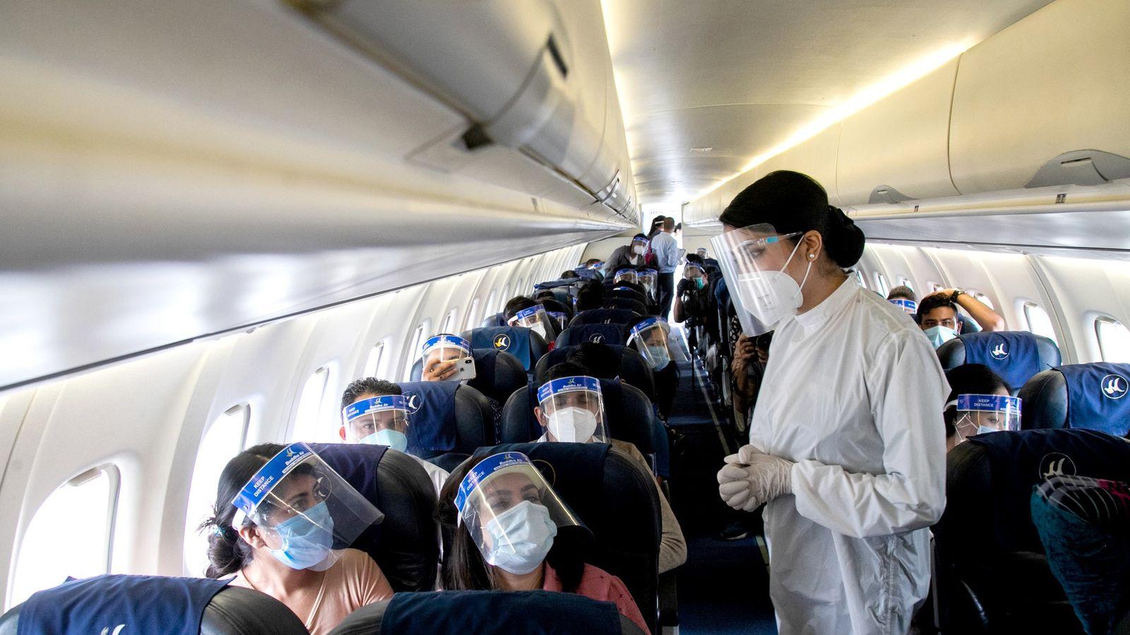 Viajar en avión: Las normas para hacerlo y las bajas probabilidades de  contagiarse - Duna 89.7 | Duna 89.7