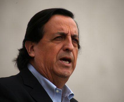 Víctor Pérez tras caída de joven al Río Mapocho