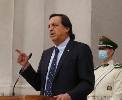 Víctor Pérez, ministro del Interior