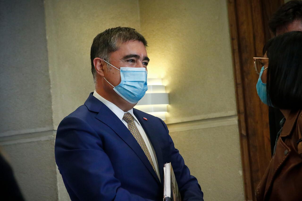 Mario Desbordes, ministro de Defensa