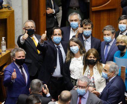 Rechazo a la acusación contra Víctor Pérez