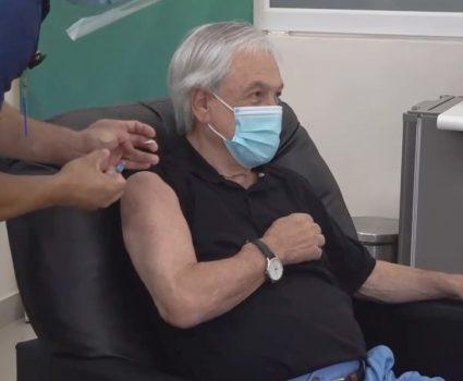 presidente piñera vacunació