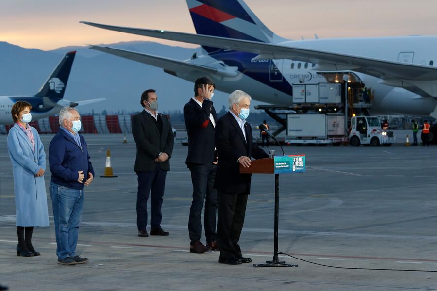 Pasaporte Verde: Presidente anuncia las libertades que otorgará a nivel internacional