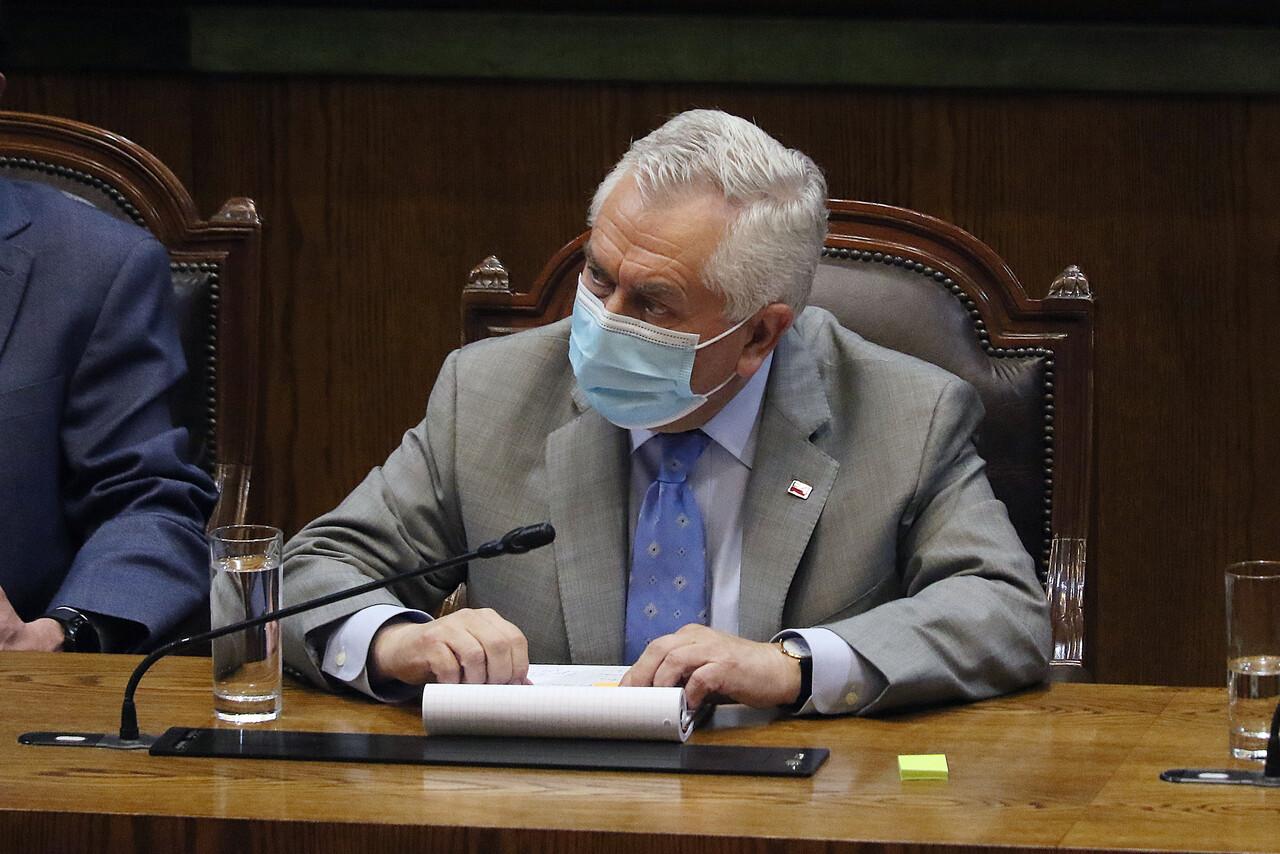 Ministro Enrique Paris
