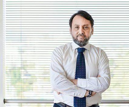 Vicepresidente ejecutivo en Clínicas de Chile