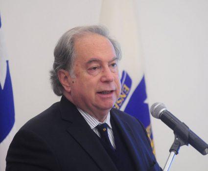 Juan Gabriel Valdés por Haití